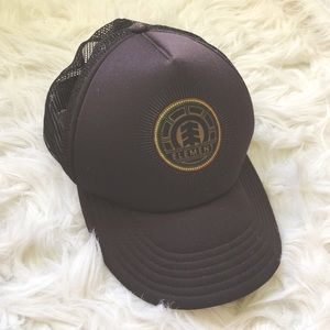 ELEMENT    Trucker SnapBack Hat